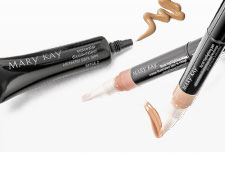 See advice on wearing facial highlighting pen and concealer from Mary Kay.