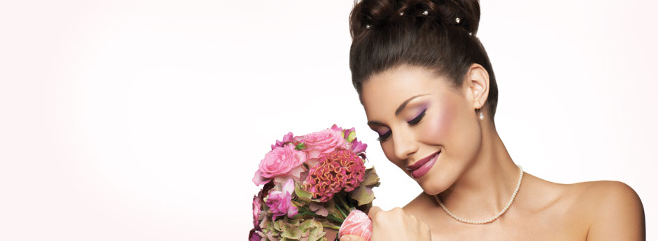 Learn how to create Global Makeup Artist Keiko Takagi's Bridal Look for Evening.