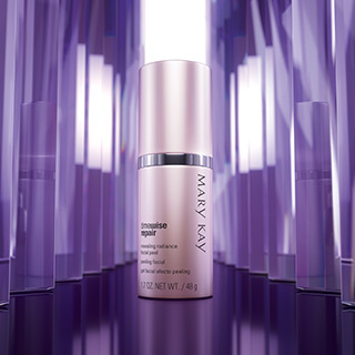 Discover how to apply NEW TimeWise Repair Revealing Radiance Facial Peel from Mary Kay.
